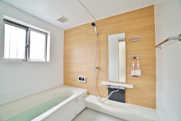 お風呂のリフォームかかる費用は?浴室リフォームで気をつけること