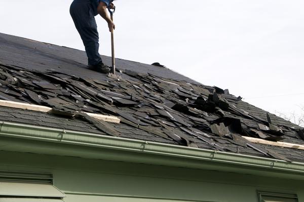 屋根リフォームの施工内容や施工費用についてご紹介